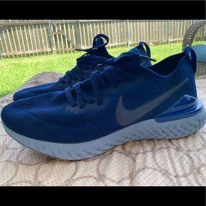 Size 12 men's Nike Epic React flyknit